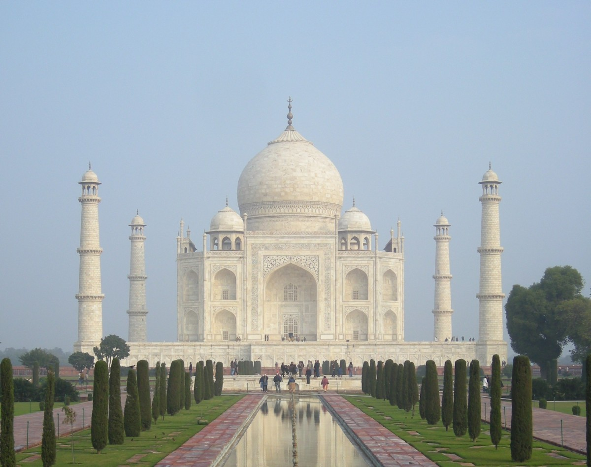 short essays on taj mahal Essay on taj mahal - taj mahal a tremendous catacomb of white marble, worked in agra in the vicinity of 1631 and 1648 by request of the shah jahan.